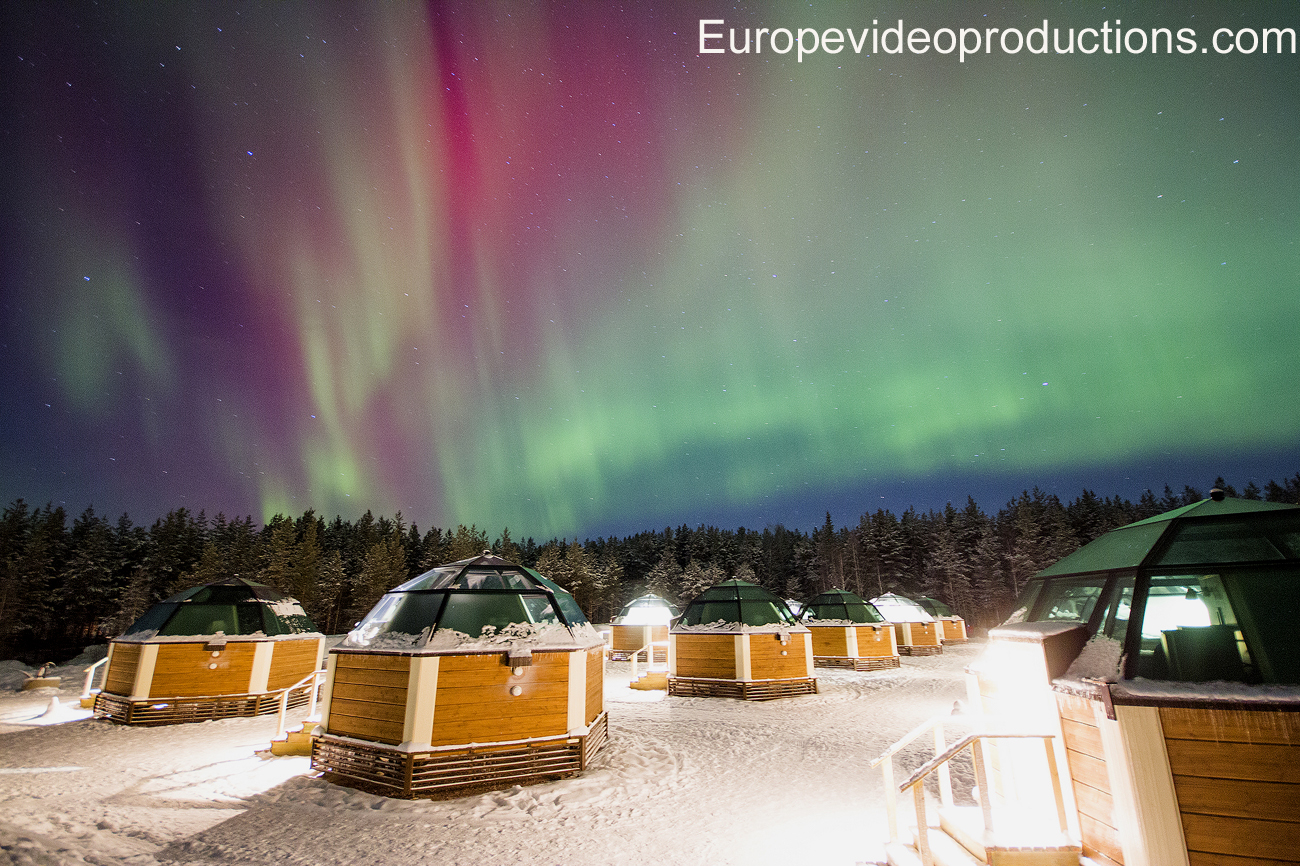 Arctic Glass Igloos and Northern Lights in Rovaniemi in Finnish Lapland