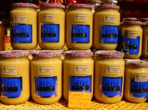 Honey pots in the market of Apt in Provence in France