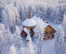 Mrs Santa Claus Christmas Cottage in Rovaniemi in Finnish Lapland