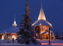 Weihnachshaus und Santa Claus Holiday Village in Rovaniemi in Lappland